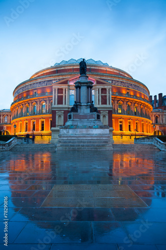 Photo The Royal Albert Hall, Opera theater, in London, England, UK..