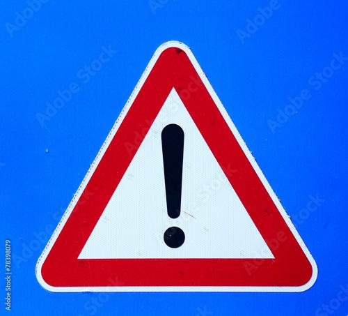 Spoed Fotobehang Onweer exclamation mark sign on blue