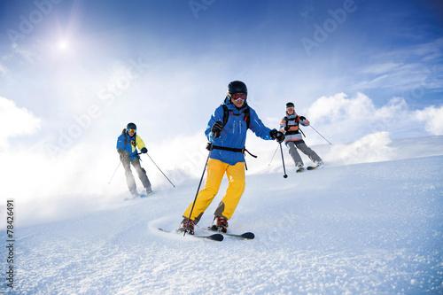 Fotografie, Obraz  Drei Skifahrer
