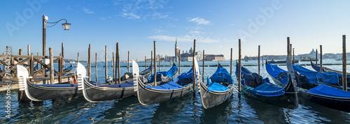 Spoed Foto op Canvas Gondolas Venezia