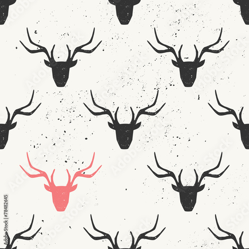 deer-head-silhouette-seamless-pattern