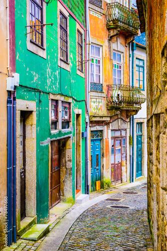 Obraz Aleja w Porto, Portugalia - fototapety do salonu