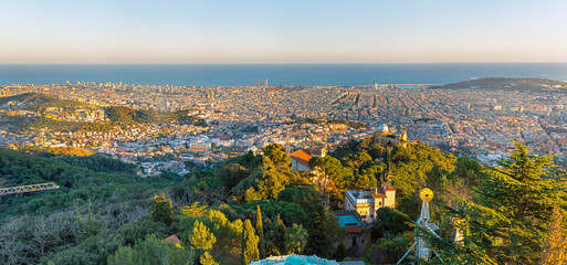 Panel Szklany Barcelona Panorama of Barcelona seen from Mount Tibidabo