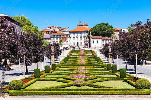 Fotografie, Obraz  Garden in Guimaraes