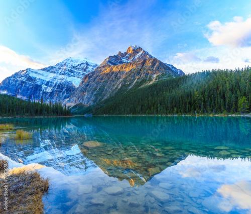 Valokuva  Edith Cavell Lake in Jasper National Park