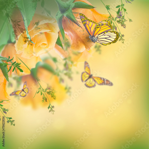 Tuinposter Vlinders Bouquet of yellow roses, butterfly