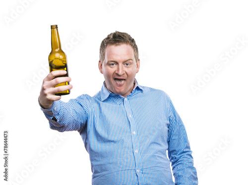 Fotografie, Obraz  Drunk young man