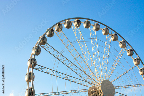 Poster Amusementspark ferris wheel against