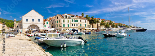 Obraz Town of Hvar waterfront view - fototapety do salonu