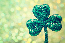 Saint Patricks Day Green Clove...