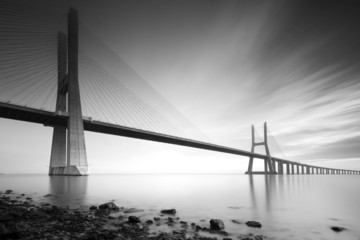 FototapetaVasco de Gama bridge B&W