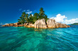 Leinwanddruck Bild - Beautiful tropical island