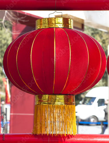Tuinposter China One red lantern
