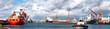 canvas print picture - Hafenpanorama mit Schlepper
