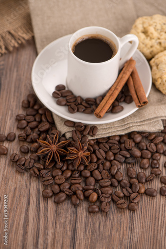 Fototapety, obrazy: Coffee cup with burlap sack