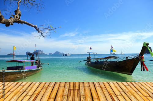 Poster Pleine lune Sea of krabi thailand with bamboor floor