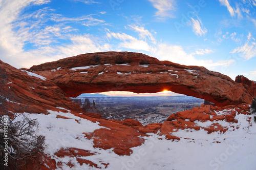 Fotobehang Natuur Park sun rise at mesa arc in winter