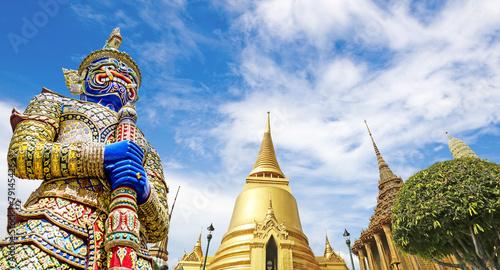 La pose en embrasure Bangkok Wat Phra Kaeo,Bangkok,Thailand
