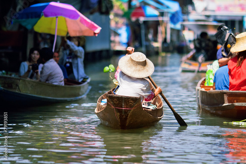 Cadres-photo bureau Bangkok saleswoman at Floating Market Damnoen Saduak, Thailand