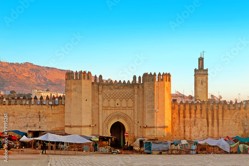 Photo Stands Morocco Gate to ancient medina of Fez, Morocco