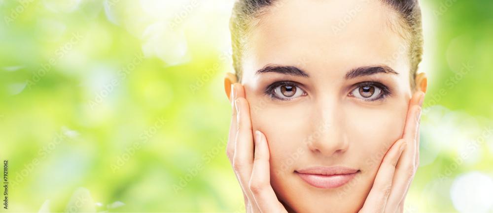 Fototapety, obrazy: Beautiful young model touching her skin