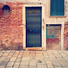 A Door With A Horseshoe In Venice