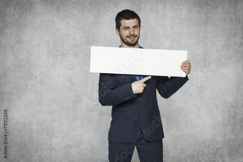 Fotografía  Here, enter your Website