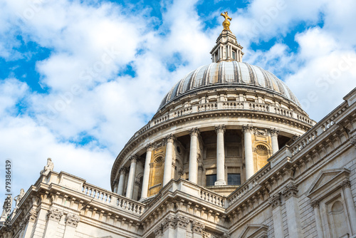 Photo  Famous St. Paul's Cathedral church, London, United Kingdom.