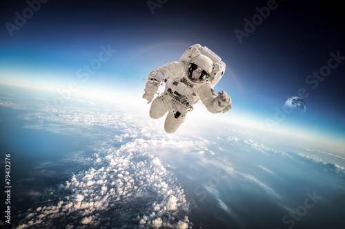 Deurstickers Heelal Astronaut in outer space