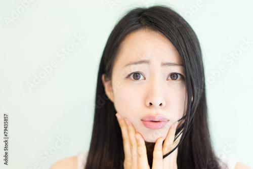 Fotografía  困る女性