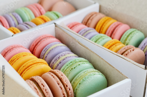 Foto op Plexiglas Macarons Colorful macarons in white boxes