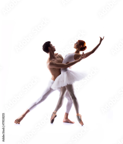 Fotografia Couple of ballet dancers isolated on white