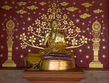 Statue Wat Phathat Haripoonchai , Lamphun, Thailand