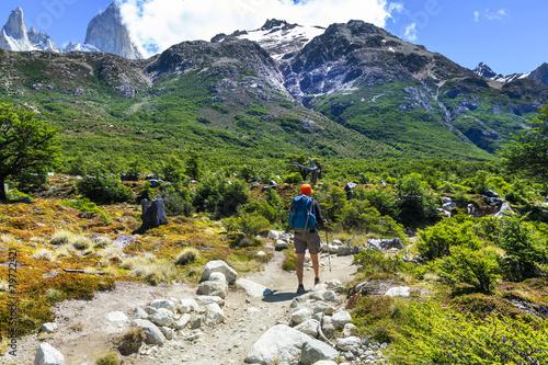 Spoed Fotobehang Alpinisme Hike in Patagonia