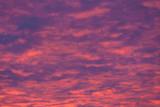 Zachód słońca i czerwone chmury