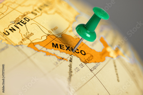 Foto auf Leinwand Mexiko Location Mexico. Green pin on the map.