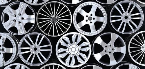 Fotografía  Six car rims