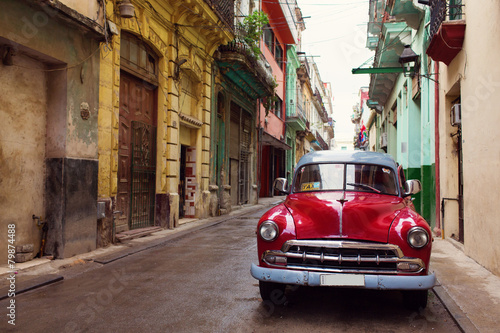Deurstickers Havana Classic old car on streets of Havana, Cuba