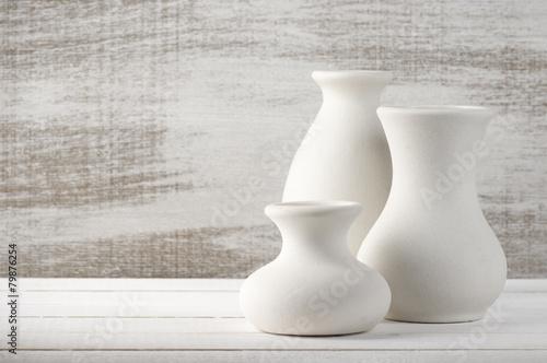 Photo Unglazed ceramic vases