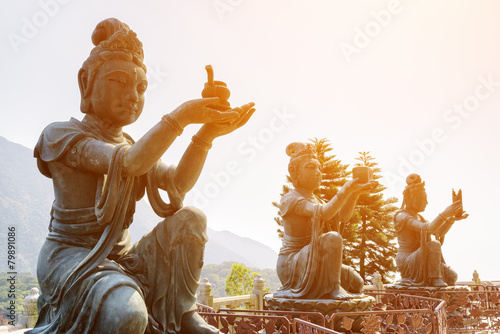 Fotografia Buddhist statues praising and making offerings to the Tian Tan B