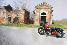 Moto In Chiesa