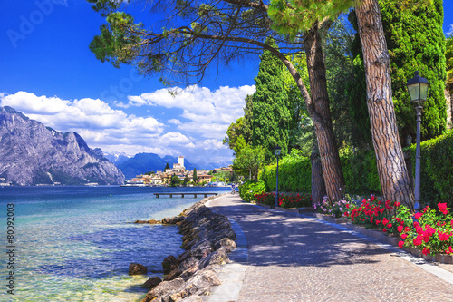 Fotografía  scenery of northen Itlay - Malcesine,  Lago di garda