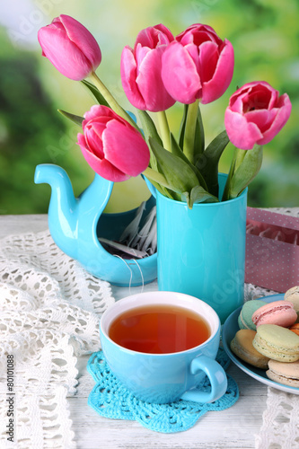 Poster Tulip Composition of spring flowers, tea and cookies