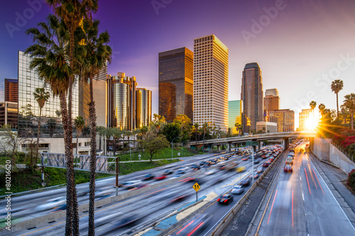Foto op Aluminium Los Angeles Los Angeles downtown skyline sunset buildings highway