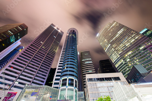 Photo  Skysrapers in Singapore during night hours