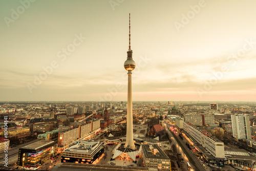 La pose en embrasure Berlin Fernsehturm Berlin