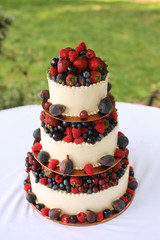 Panel Szklany Do piekarni Wedding Cake with Berries