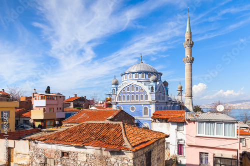 Printed kitchen splashbacks Turkey Street view with Fatih Camii mosque, Izmir, Turkey