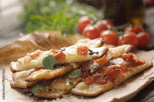 Vászonkép  Pizza with cherry tomatoes and cheese