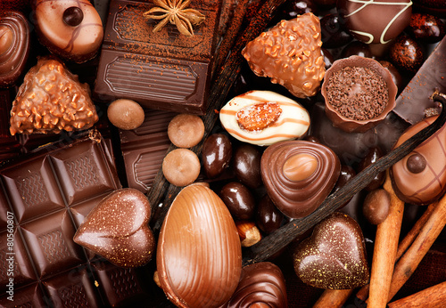 Fotomural Chocolates background. Praline chocolate sweets